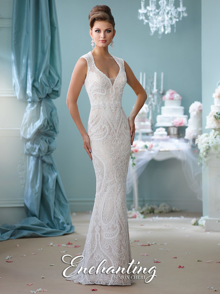 mermaid style, lace, off-white, lace straps, V-neckline, short tail